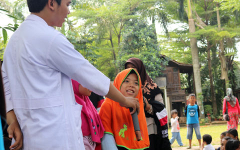 CHEESE : Cheers with English by CIMSA UIN